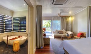 VOMO Villa Beachfront Bedroom and Bathroom Panorama
