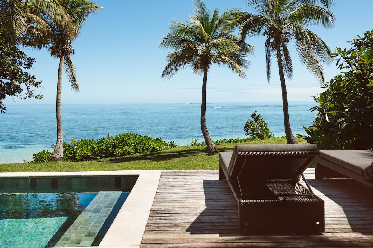 Tokoriki Rooms lowres 25 Beachfront Pool Bure